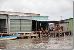 1503 - Village de pecheur, Tour en bateau dans les marais, Environs Nam Can, Environs Ca Mau