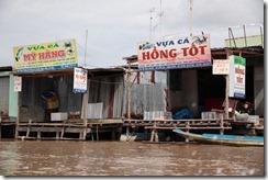 1514 - Village de pecheur, Tour en bateau dans les marais, Environs Nam Can, Environs Ca Mau