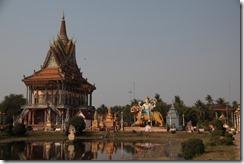 0132 - Temple, environs Battambang