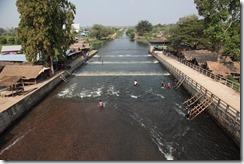 0141 - Réservoir, environs Battambang