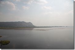 0142 - Réservoir, environs Battambang