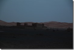 0115 - Chateau, Piste, R702, Proximité Hassilabied, Figuig vers Merzouga