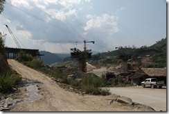 0228 - Luang Prabang vers Pak Beng, Proximité Pak Beng, Construction pont pour remplacer le ferry