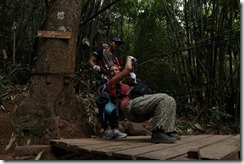 0252 - Houay Xai, Gibbon Experience, Premiere zipline par julia